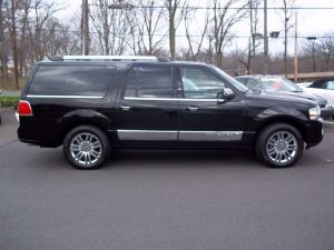 Lincoln Navigator SUV - 2014 Model